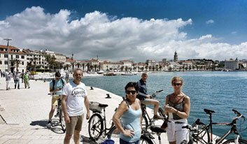 TS4_Split-City-Tour_blue-bike_Cycle-Croatia