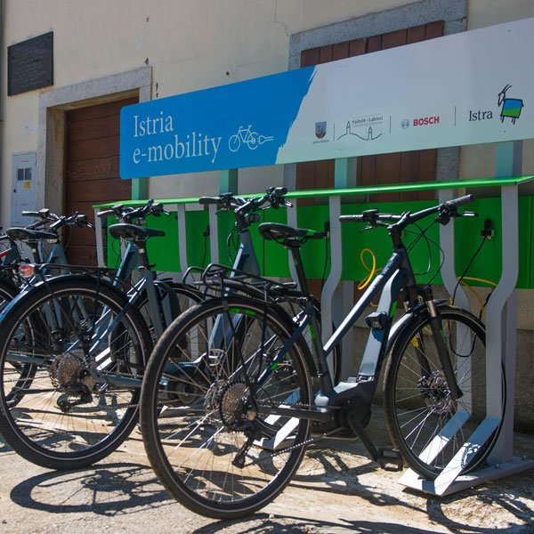 E-Bike charging in Kastelir